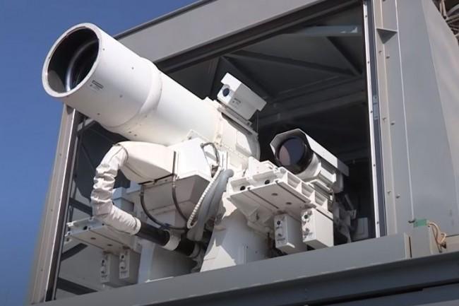 IPG Photonics fournit notamment l'US Navy dans le cadre de son système d'armement laser (LaWS) installé sur lenavire de guerre USS Ponce. (crédit : IPG Photonics)