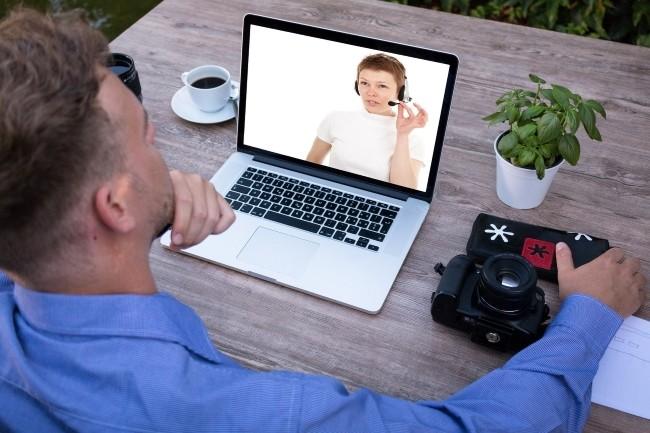 Une étude montre que les équipes IT et cybersécurité se forment en dehors de leur temps de travail. (Crédit Photo: Tumisu/Pixabay)