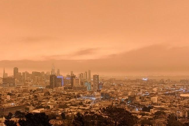San Francisco sous un ciel orangé... mais la tech résiste.