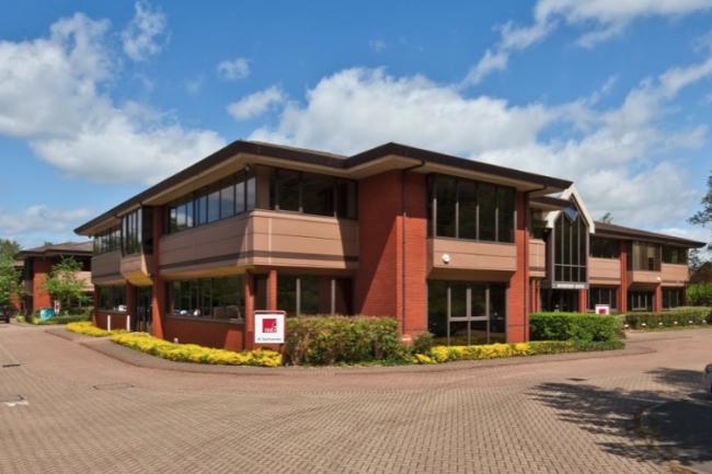 Le siège de MTI Technology à Godalming, au Royaume-Uni. (Crédit Google)