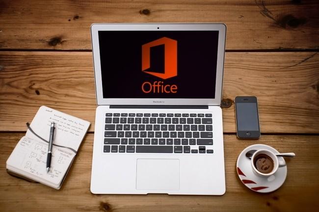 La fin du support d'Office 2010 pousse les utilisateurs � r�fl�chir aux options possibles, rester sur du on prem ou aller vers le cloud. (Cr�dit Photo: Alejandro Escamilla/Unsplash)