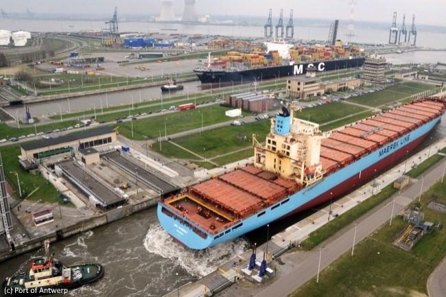 Le port d'Anvers teste des caméras multidirectionnelles reliées en 5G pour améliorer le guidage de ses remorqueurs lors des manœuvres d'accostage.