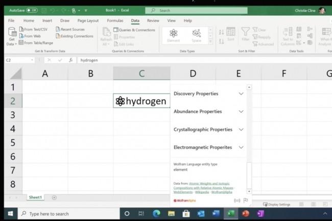 A travers le support de nouveaux types de données connectées, les utilisateurs d'Excel pourront par exemple explorer l'univers de la chimie. (Crédit : Microsoft)