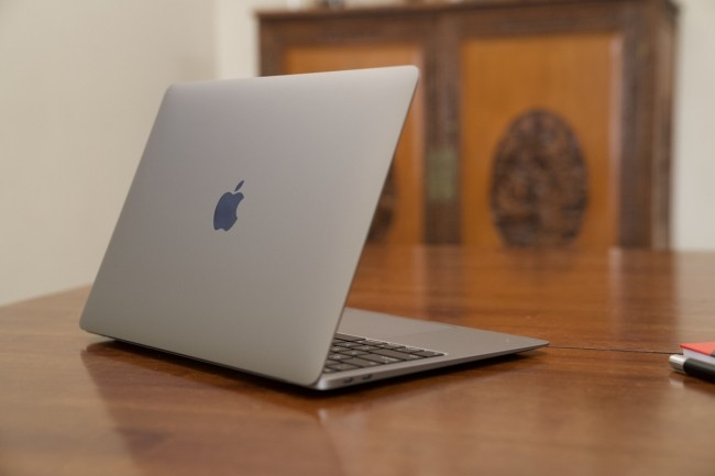 Design classique ou revu pour les MacBook ARM, on le saura ce soir. (Crédit IDG)