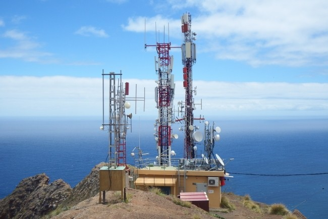 Le gouvernement et l'Arcep annoncent que 96% du territoire français est couvert en 4G par au moins un opérateur. (Crédit Photo : Caeuje/Pixabay)