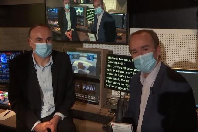 Dans les coulisses du tournage de l'IT Tour web TV 2020 Hauts-de-France diffusée le 19 novembre animée par Benoît Huet journaliste au Monde Informatique (à gauche) et Dominique Filippone (chef des informations du Monde Informatique). crédit : LMI