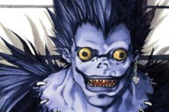 Si dans la vraie vie Ryuk est un redoutable ransomware, dans le manga Death Note il est un personnage divin possédant des carnets de Mort capables de tuer n'importe qui si on écrit son nom dedans et que l'on connait son visage... (crédit : Takeshi Obata / Death Note)