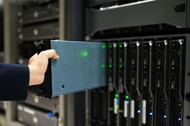 Une infrastructure hyperconverg�e classique rassemble des serveurs, du stockage et des ressources r�seau dans un seul bo�tier. (Cr�dit D.R.)