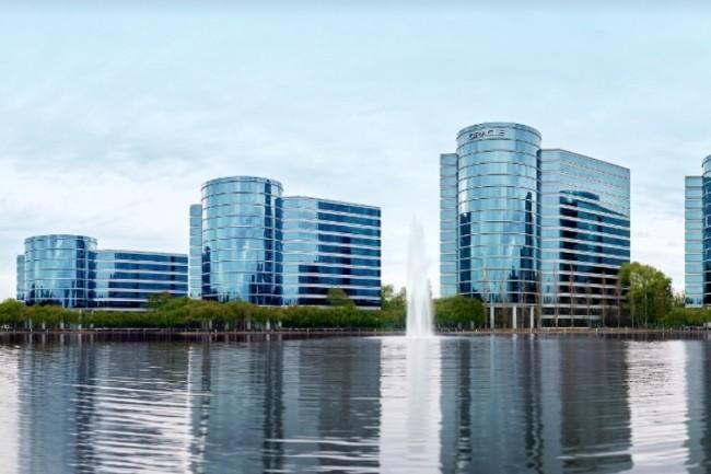 Fondée en 1977 en Californie par Larry Ellison, la société Oracle est implantée dans ses immeubles de Redwood Shores depuis 1989. (Crédit : Oracle)