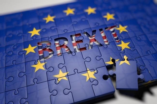 Le Brexit aura bien lieu au 1er janvier 2021 mais toutes les relations ne sont pas rompues entre l'Union Européenne et le Royaume-Uni (Crédit Photo: Daniel Diaz Bardillo/Pixabay)