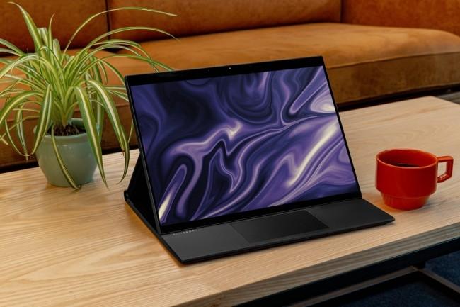HP lance l'Elite Folio qui revisite le châssis du Spectre Folio en accueillant une puce ARM. (Crédit HP)