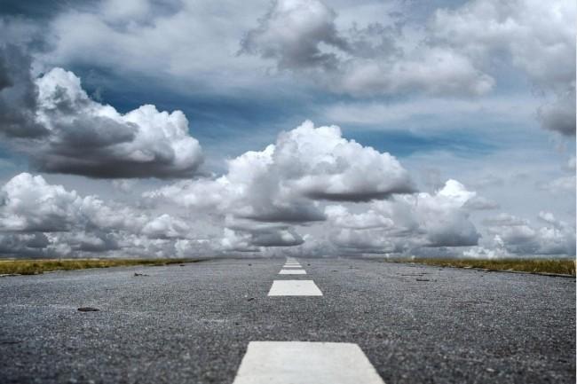 La migration dans le cloud s'est accélérée… en négligeant souvent la sécurité. (Crédit : Pixabay/Jarmoluk)