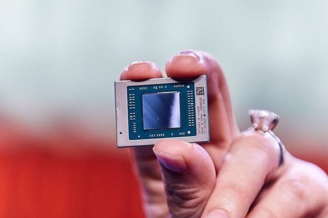Avec ses Ryzen 5000 Mobile, AMD continue à faire pression sur Intel sur le marché des portables.