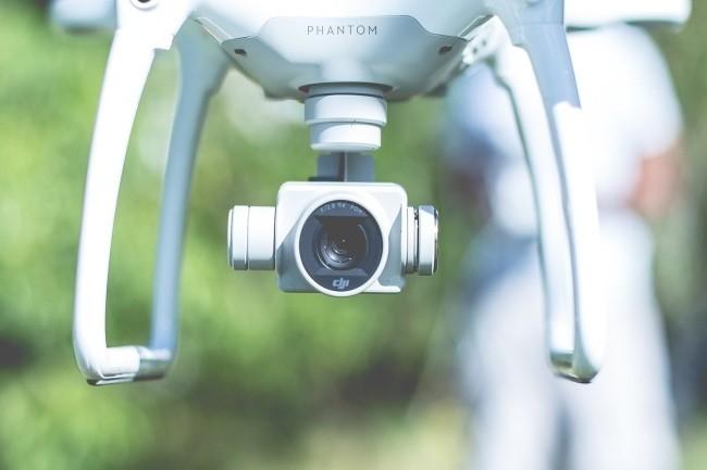 La Cnil demande à Beauvau de cesser les vols de drones de surveillance par la police et la gendarmerie en attendant d'avoir un cadre légal. (Crédit Photo: Pexels)