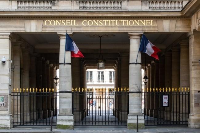 Le Conseil constitutionnel a déclaré conforme la loi dite anti-Huawei. (Crédit Photo: Conseil Constitutionnel)