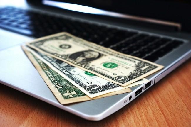 La jeune génération de développeurs n'écarte pas l'idée d'être rémunérée pour participer aux projets open source. (Crédit Photo: Pixabay)