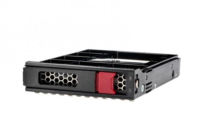 Pour améliorer les performances et réduire le coût de fonctionnement de ses anciens serveurs, HPE propose le remplacement des disques durs à 10 000 tours/minute par des SSD.