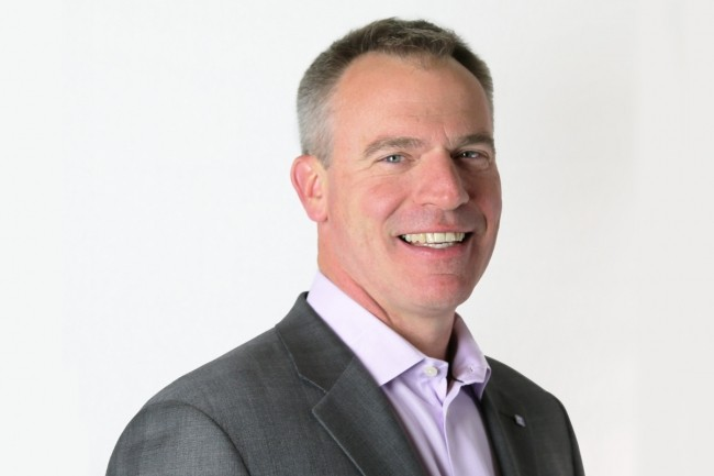 Le CEO d'Extreme Networks, Ed Meyercord, d�crit les tendances pour les r�seaux d�entreprise en 2021.