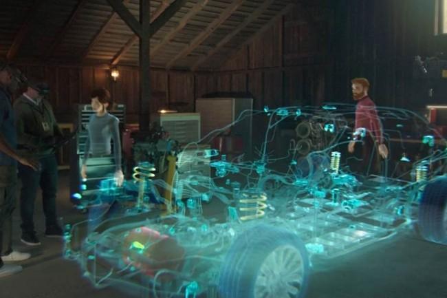 A partir de la plateforme de réalité mixte Mesh, de Microsoft, la projection de représentations holographiques permettront à des équipes réparties de collaborer autour de la conception d'un produit. (Crédit : Microsoft)