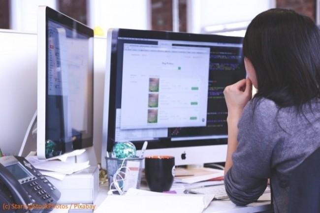 Les informaticiens sont d�bord�s et ont en m�me temps un grand besoin de pauses.