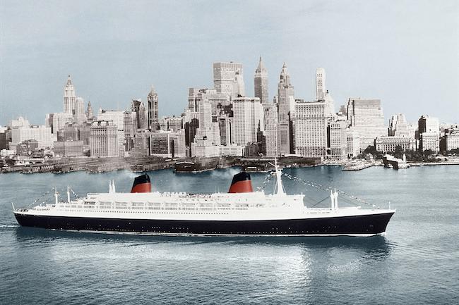 L'arrivée du paquebot France à New-York. (cR2DIT d;r;°
