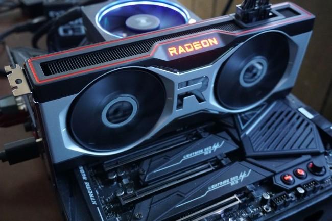 L'AMD Radeon RX 6700 XT constitue une entrée de gramme suffisante en 1440p si on ne cherche pas à activer le ray-tracing dans les jeux récents.