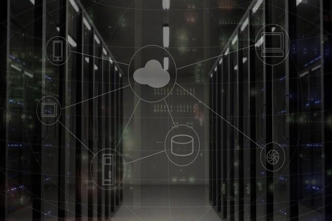 Les dépenses en infrastructure cloud a pris l'ascendant par rapport aux dépenses liées au datacenter. (Crédit Photo: bsdrouin/Pixabay)