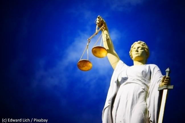 La Cour d'Appel de Paris vient de préciser comment trancher entre responsabilité contractuelle et contrefaçon dans le non-respect d'une licence logicielle.