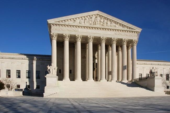 A 6 voix contre 2, la Cour suprême a jugé que Google n'avait pas enfreint le droit d'auteur d'Oracle sur Java dans Android. (Crédit Photo: Jarek Tuszynski/Wikipedia)