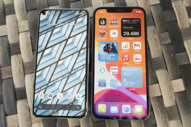 Avec sa propre puce, le Pixel 6 de Google pourrait véritablement concurrencer l'iPhone d'Apple. (Crédit Photo: IDG)