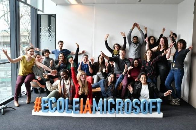 Féminiser les métiers de l'IA est l'un des enjeux de Microsoft France et Simplon. (Crédit : Microsoft France)