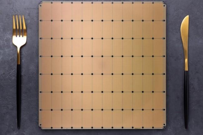 Concurrente, sur le papier, du GPU A100 de Nvidia, la puceWS-2 pour l'IA de Cerebras est en fait un wafer complet. (Crédit Cerebras)