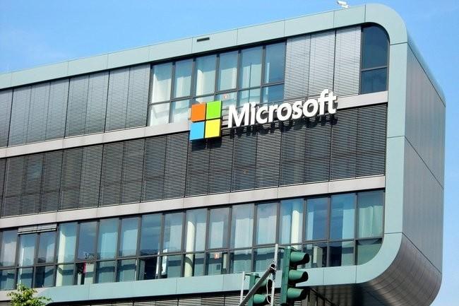 Les revenus de la branche Cloud Intelligent de Microsoft ont augment� de 2,8 milliards de dollars, soit 23 % au T3 de 2021. (Cr�dit : Pixabay)