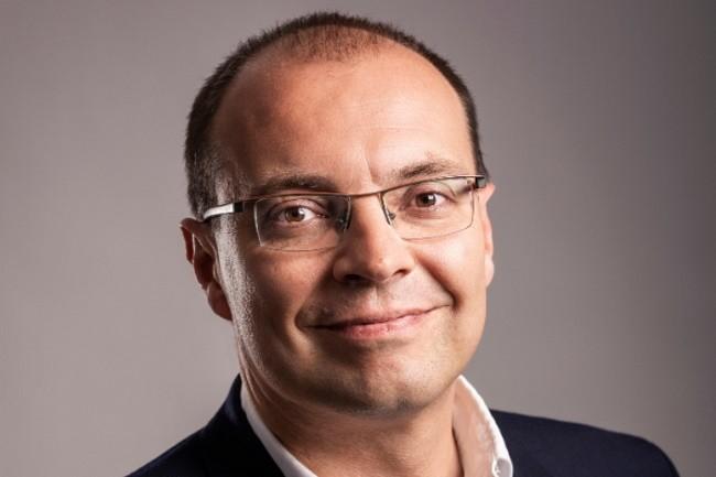 Olivier Savornin a fait son entrée chez VMware en 2014, en tant que directeur des ventes de la business unit réseaux et sécurité dans la région SEMEA. Crédit photo : VMware.