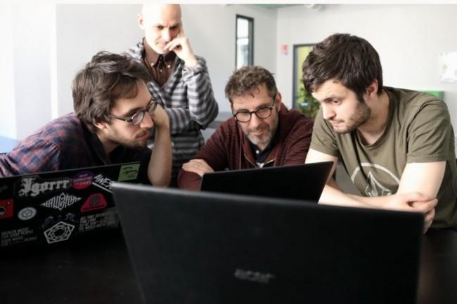Les formations IT proposées par l'Epitech (ci-dessus des étudiants du campus de Lyon) seront accessibles aux professionnels en poste d'ici fin mai. (Crédit photo: Epitech)