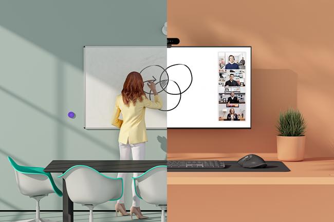 Pour soulager la collaboration à distance, Logitech présente sa solution Scribe, une caméra dédiée aux tableaux blancs. (Crédit : Logitech)