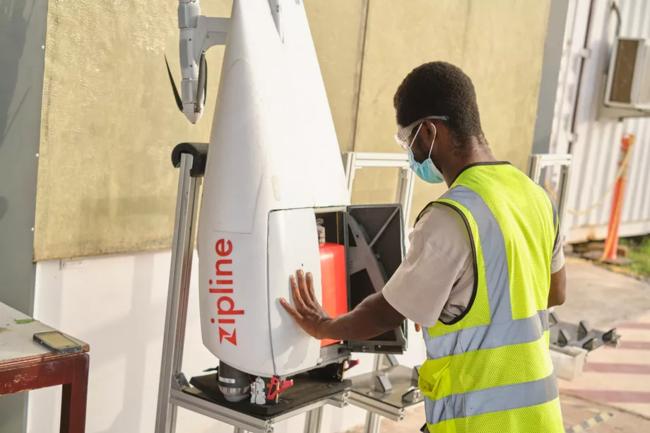Zipline peut aujourd'hui livrer des produits médicaux tous les jours au Rwanda grâce à ses drones. (Crédit : Zipline)