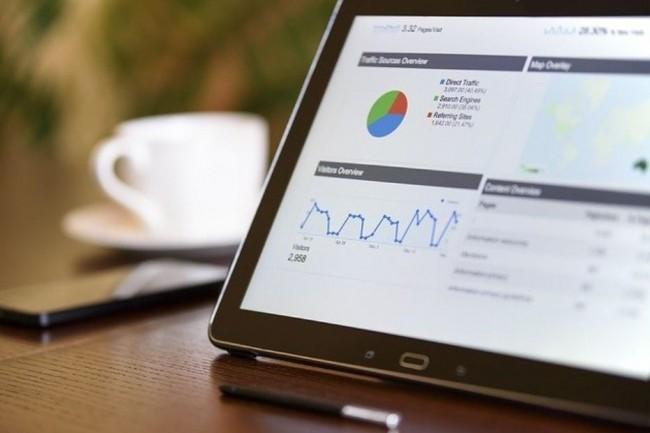 Au travers d'un Master of Sciences, l'Edhec business school aborde les données analytiques d'un point de vue technique et également métier. (Crédit photo: PhotosMixCompany/Pixabay)
