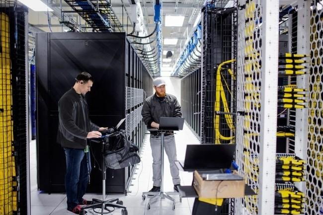 Microsoft a mobilisé ses collaborateurs dans ses datacenters pour faire face aux pics de charge lors du début de la pandémie, y compris dormir sur place. (Crédit photo: Microsoft)
