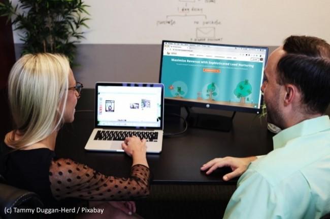 Les collaborateurs manquent de formation et d'accompagnement au digital.