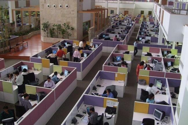 Le recours au RPA devrait supprimer 3 millions d'emplois « peu qualifiés » parmi les outsourcers indiens d'ici 2022. (Crédit D.R.)