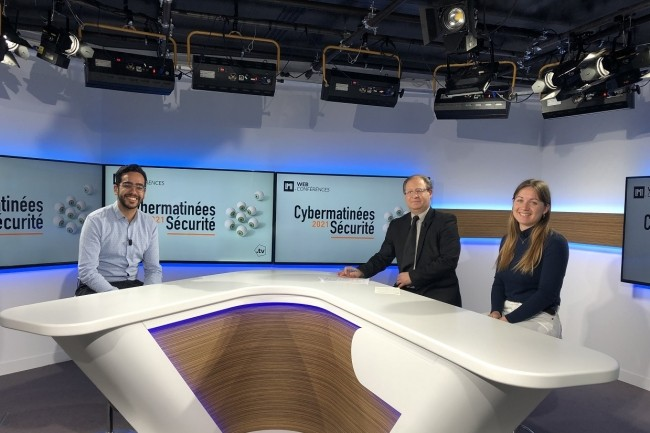 Saad El Aboudi, directeur général de la start-up Diskyver, a répondu aux questions de la rédaction du Monde Informatique avec en plateau (de gauche à droite) : Jacques Cheminat (rédacteur en chef) et Célia Séramour (journaliste). (Crédit : LMI)