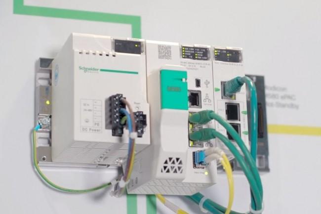 Des PLC Modicon de Schneider Electric tel que le mod�le M580 sont vuln�rables � la faille CVE-2021-22779. (cr�dit : Schneider Electric)