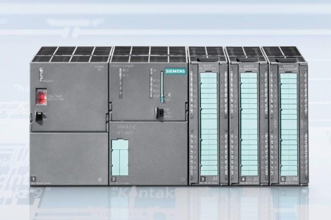 14 vuln�rabilit�s critiques ont �t� d�couvertes affectant des automates programmables (PLC) comme le Siemens S7. (cr�dit : Siemens)