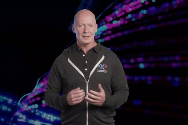 Pour Roger Chandler, vice-pr�sident pour les solutions graphiques clients chez Intel, l'annonce de la marque Intel Arc et la r�v�lation des futures g�n�rations de GPU attestent de l�engagement renforc� d�Intel envers les joueurs et les cr�ateurs. (Cr�dit : Intel)