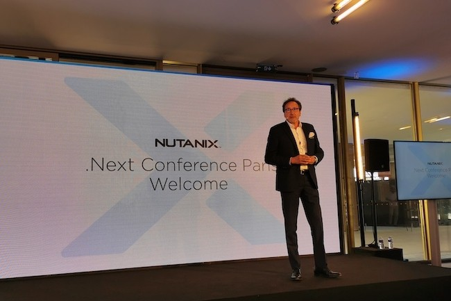 L'�quipe de Nutanix France avec son country manger Bruno Buffenoir a accueilli des clients le 22 septembre dernier � l'Hippodrome de Longchamps pour son .Next21. (Cr�dit SL)