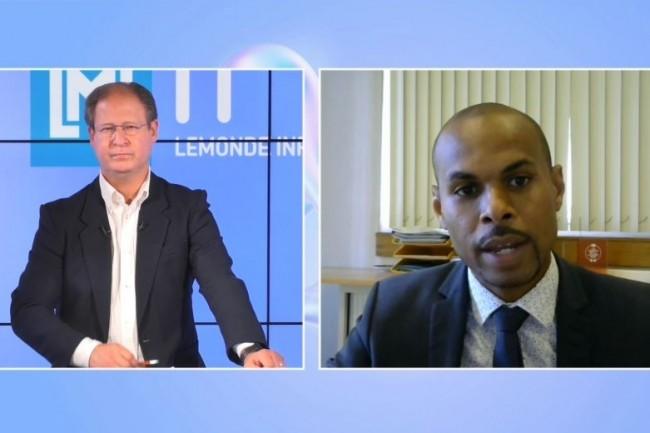 Rodrigue Alexander, DSI du Centre Hospitalier d'Arles (� droite) intervient sur la matin�e IT Tour web TV 2021 Paca. (cr�dit : LMI)