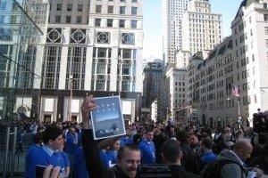 300 000 iPad vendus le 1er jour