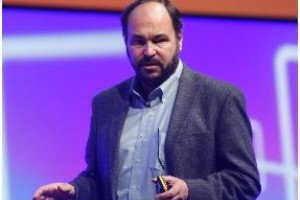 VMworld : Paul Maritz pr�sente l'offre VDI View en version 5.0
