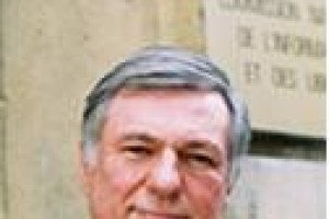 Alex Türk quitte la présidence de la CNIL